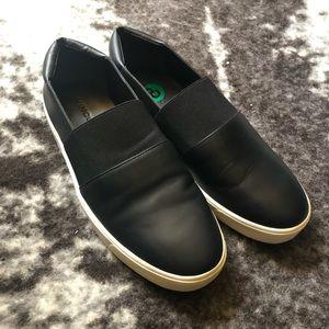 Vince Corbin Slip On Sneaker Black Leather sz8 NWT